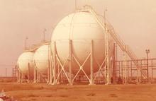 アルジェリア球形タンク